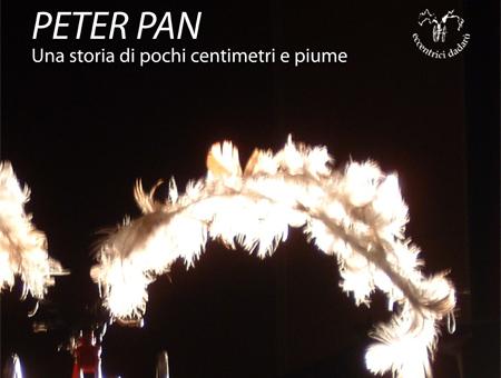 PETER PAN. Una storia di pochi centimetri e piume