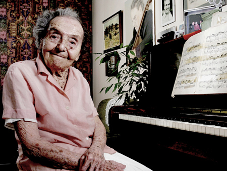 ALICE, LA PIANISTA DI THERESIENSTADT
